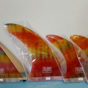 tie-dye-surf-board-fins